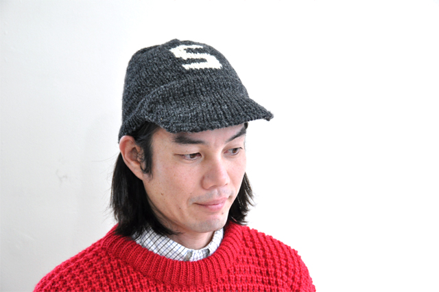 CanadianSweater-cap-grey4