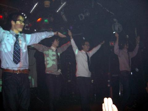 show-photo2.jpg