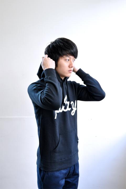 Hooded-black5