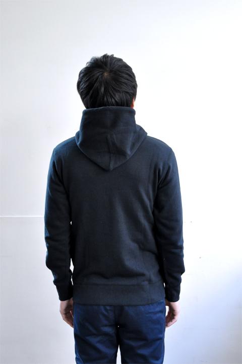 Hooded-black6