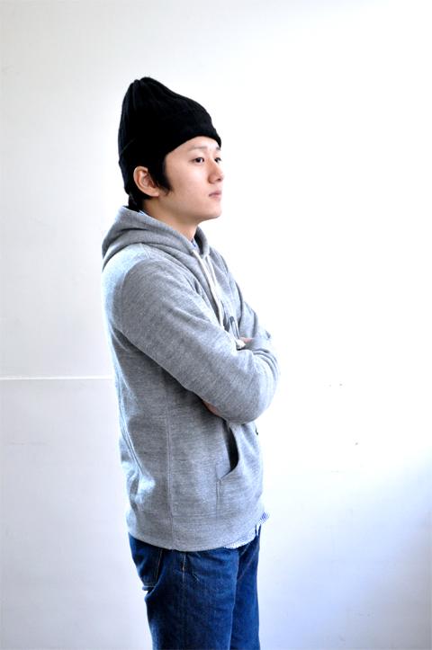 Hooded-grey5