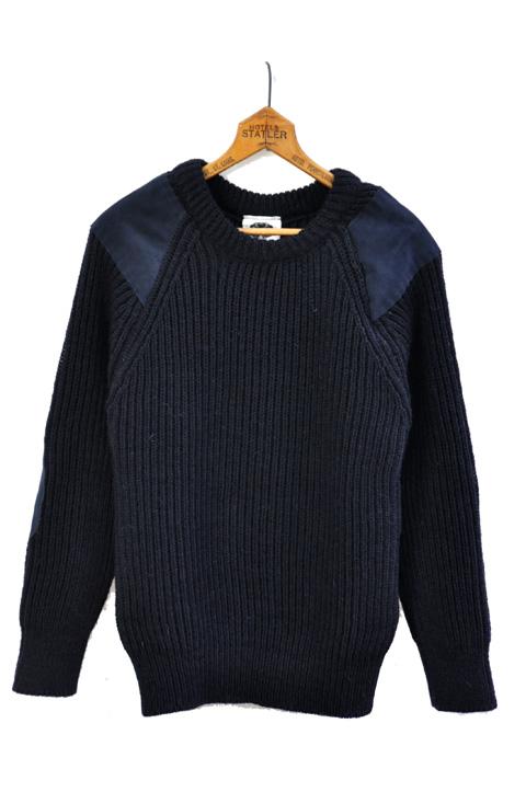 blacksheeppatchsweater8
