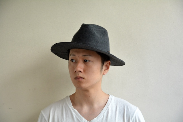 bello-johnnyhat-grey2