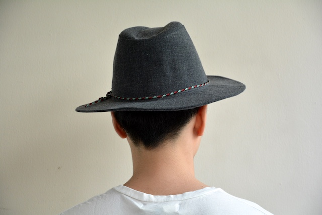 bello-johnnyhat-grey3