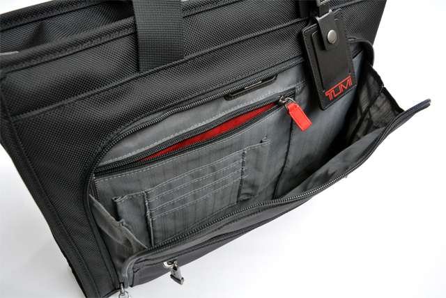 tumi-briefbag-6